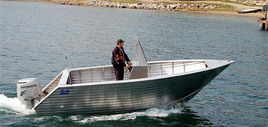 Aluminum Boat Manufacturers >> Welded Aluminum Boats   Henley   Aluminum Boat Manufacturing