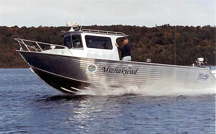 Hulls | Henley | Aluminum Boat Manufacturing